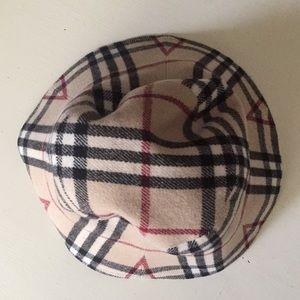 burberry Accessories - Burberry London womens wool bucket hat winter warm